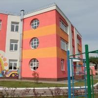 В Троицком округе завершается строительство детского сада
