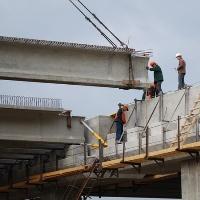 Завершена надвижка пролетного строения на мосту через реку Пахра