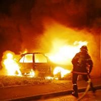Неизвестный в Троицке поджег автомобиль высокопоставленного полицейского